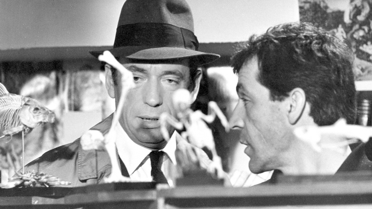 Costa Gavras and Yves Montand in Compartiment tueurs 1965