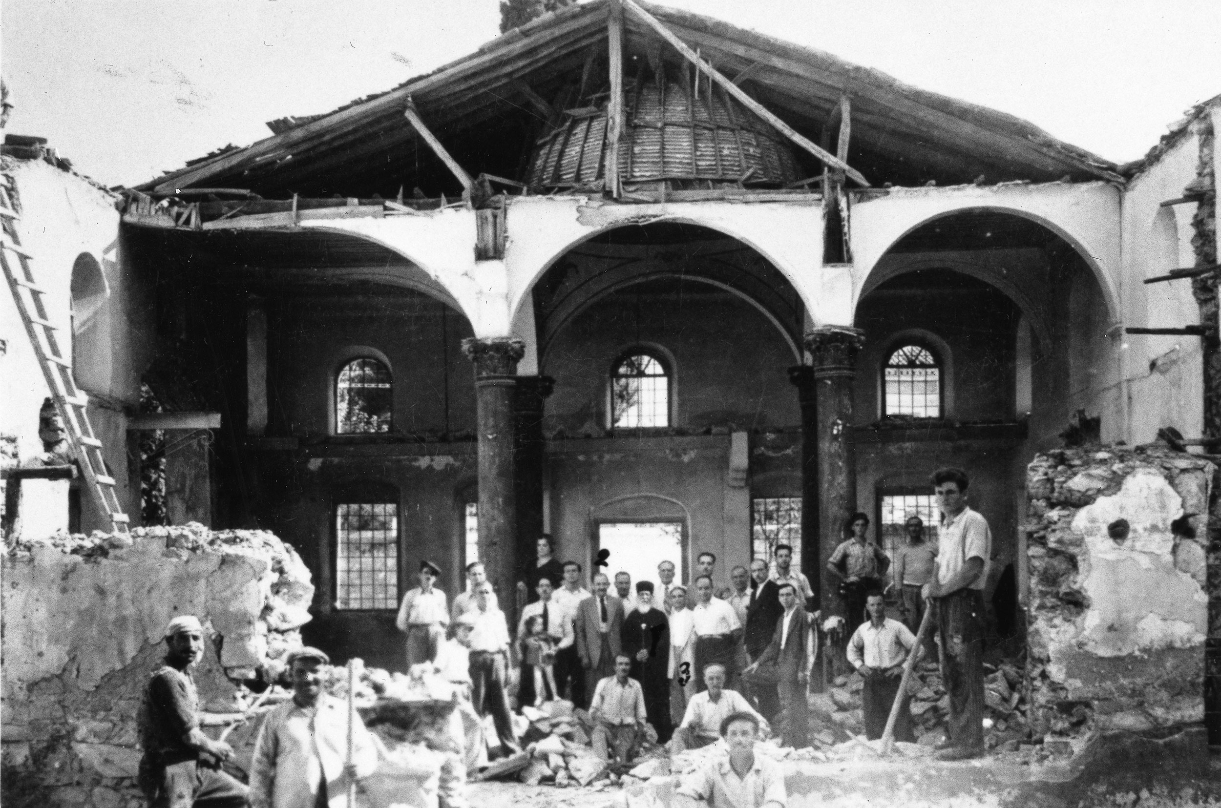 The Holy Synagogue of Volos after it was destroyed by the Germans in 1944 Photo evraiko mouseio elladas